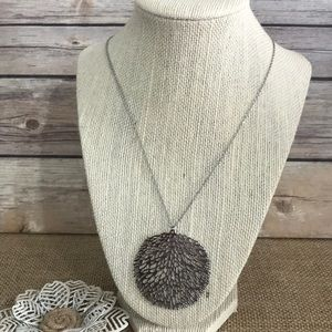 """The Metal Daisy Jewelry - Stainless Leaf Pendant Necklace 20"""""""